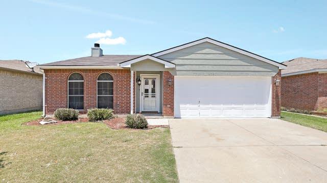 Photo 1 of 24 - 8721 Trinity Vista Trl, Hurst, TX 76053