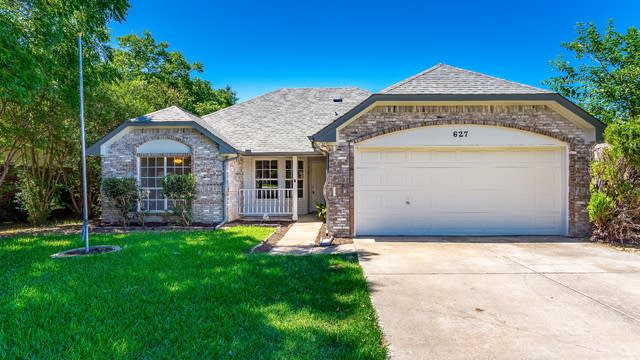 Photo 1 of 30 - 627 Stagecoach Dr, Little Elm, TX 75068