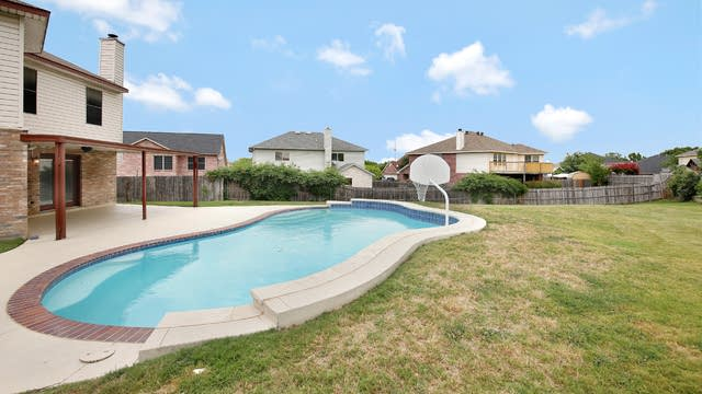 Photo 1 of 27 - 4258 Birch Creek Rd, Fort Worth, TX 76244