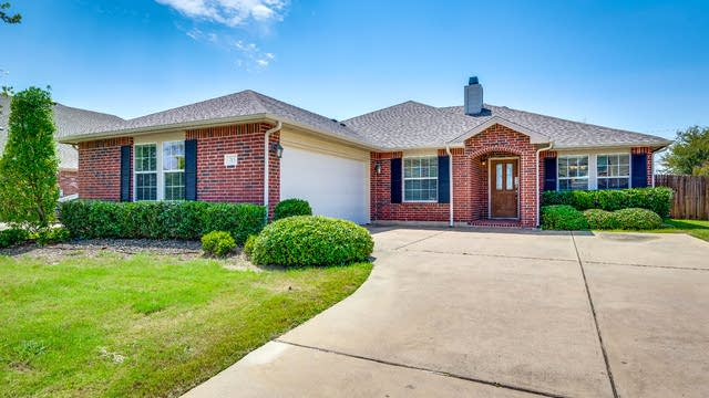 Photo 1 of 26 - 713 Beau Dr, Wylie, TX 75098