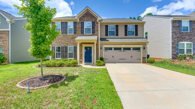 Photo 1 of 28 - 5628 Selkirkshire Rd, Charlotte, NC 28278