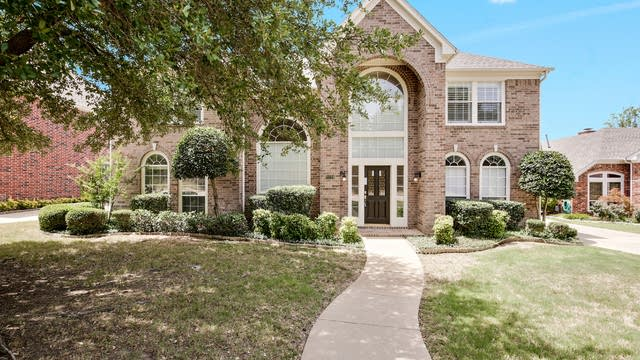 Photo 1 of 37 - 5129 Sunscape Ln S, Fort Worth, TX 76123
