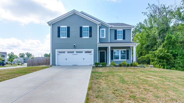 Photo 1 of 19 - 1103 Kimball Crest Ct, Fuquay Varina, NC 27526