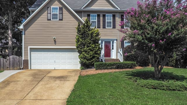 Photo 1 of 26 - 2610 Haventree Ct, Apex, NC 27502