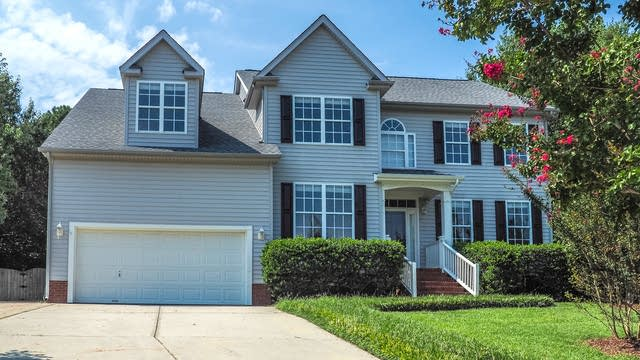 Photo 1 of 29 - 311 Gingergate Dr, Cary, NC 27519