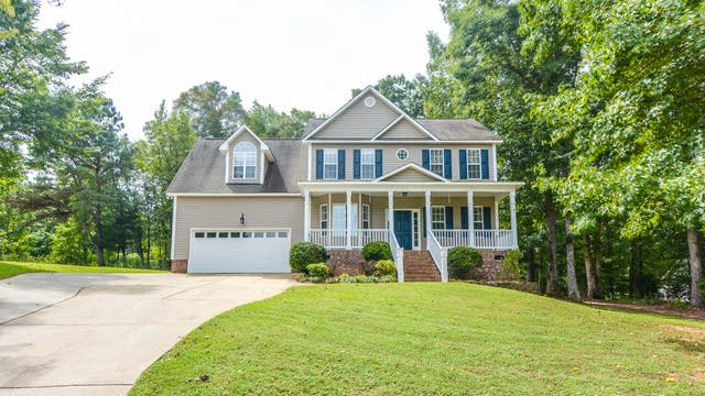 Photo 1 of 20 - 112 Ila Pl, Garner, NC 27529