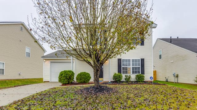 Photo 1 of 15 - 916 Clover Gap Dr, Charlotte, NC 28214