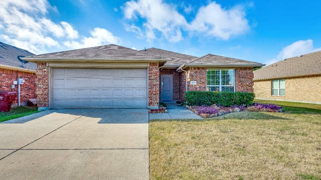 Photo 1 of 17 - 3213 Spruce St, Royse City, TX 75189