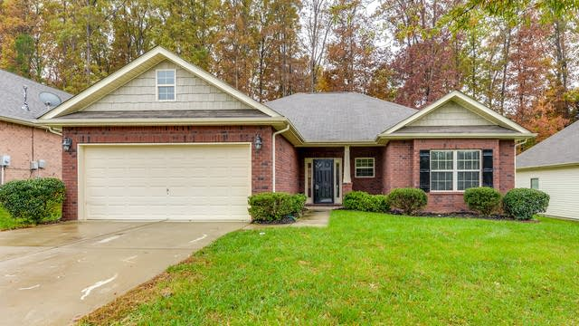 Photo 1 of 15 - 7701 Rockland Dr, Charlotte, NC 28213