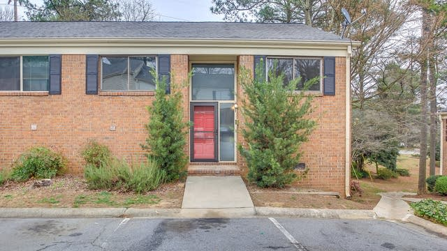 Photo 1 of 29 - 3340 Northcrest Rd Unit D, Atlanta, GA 30340