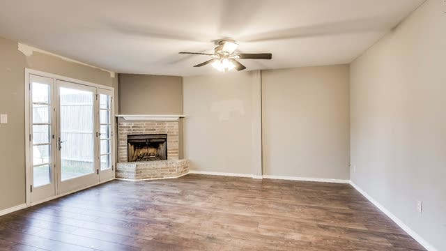 Photo 1 of 24 - 2019 Town Pl, Garland, TX 75041