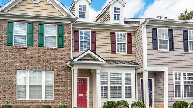 Photo 1 of 19 - 640 Cupola Dr, Raleigh, NC 27603