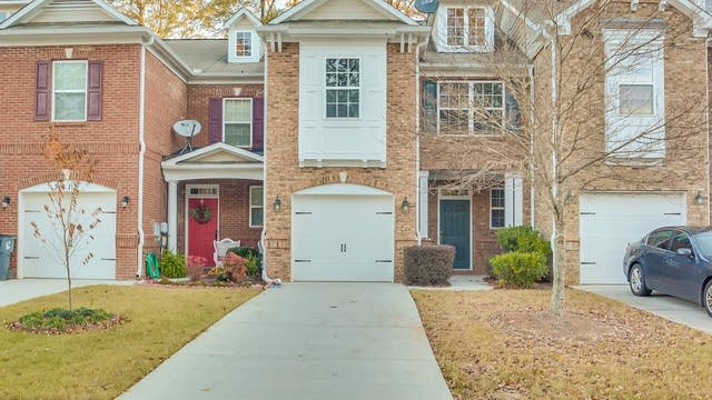 Photo 1 of 22 - 3413 Fernview Dr, Lawrenceville, GA 30044