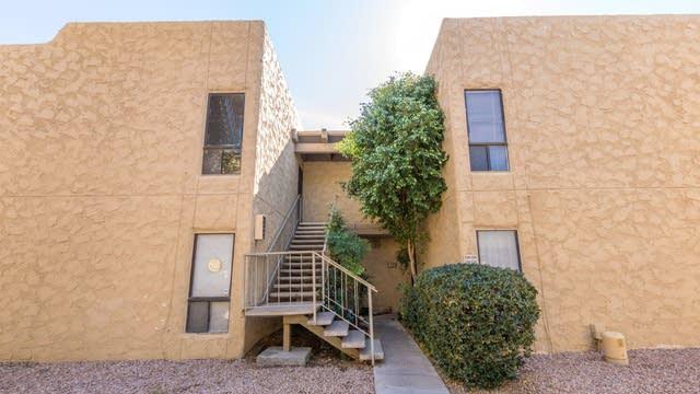 Photo 1 of 25 - 4950 N Miller Rd, Scottsdale, AZ 85251