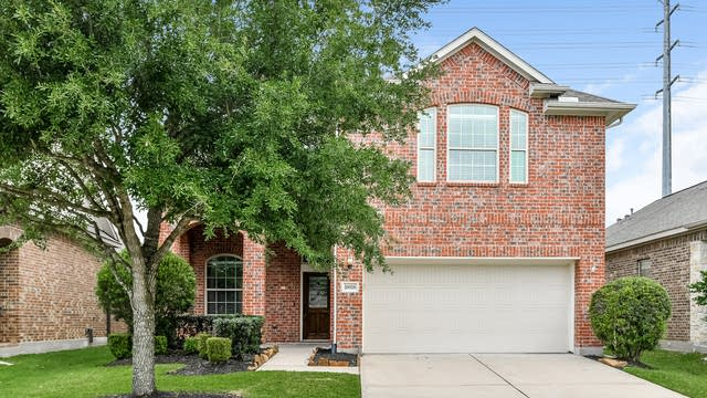 Photo 1 of 25 - 26926 Harwood Heights Dr, Katy, TX 77494