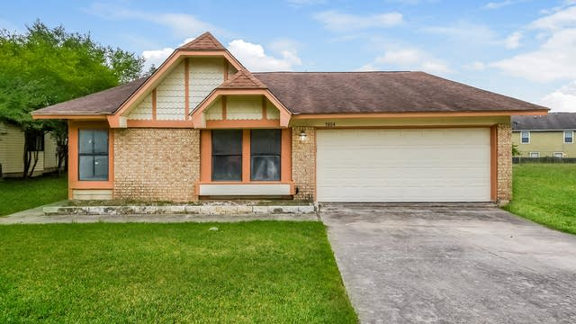 Photo 1 of 25 - 9804 Spruce Ridge Dr, Converse, TX 78109