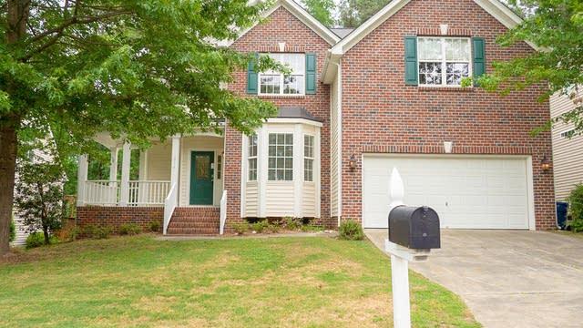 Photo 1 of 30 - 1814 Carnation Dr, Durham, NC 27703