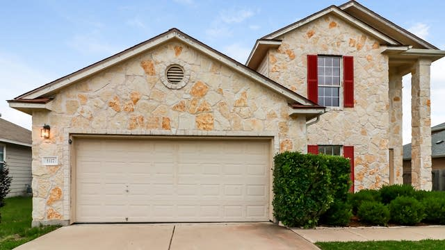Photo 1 of 24 - 1117 Concan Dr, Hutto, TX 78634
