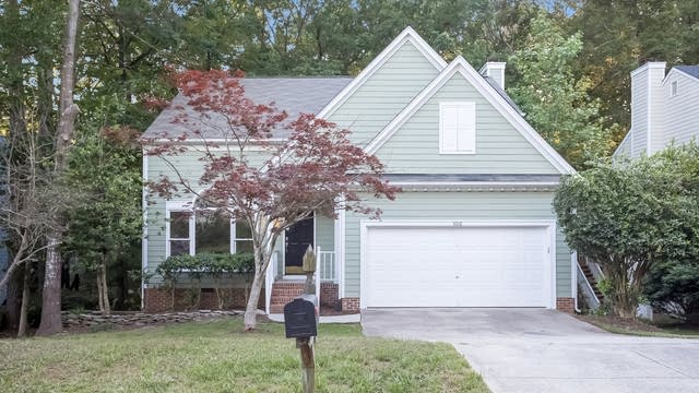 Photo 1 of 25 - 4016 Kettering Dr, Durham, NC 27713