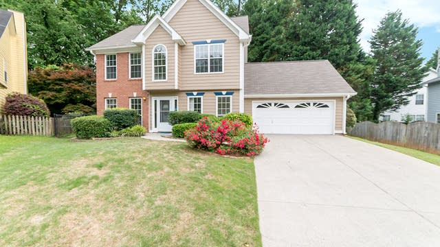 Photo 1 of 16 - 1580 Bexhill Ct, Lawrenceville, GA 30043