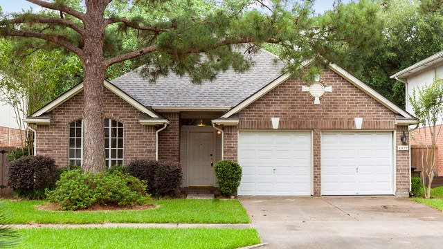 Photo 1 of 13 - 6827 Stratford Park Dr, Houston, TX 77084
