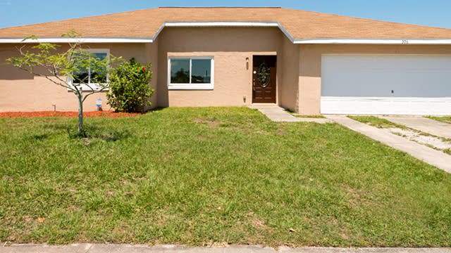 Photo 1 of 20 - 306 Buttonwood Dr, Kissimmee, FL 34743