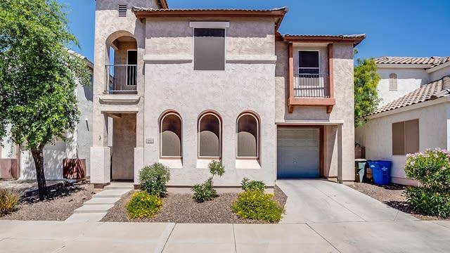 Photo 1 of 20 - 5005 S 15th Pl, Phoenix, AZ 85040