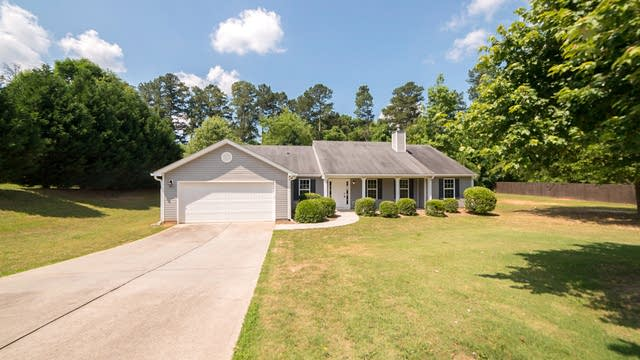 Photo 1 of 18 - 510 Vinemont Way, Auburn, GA 30011