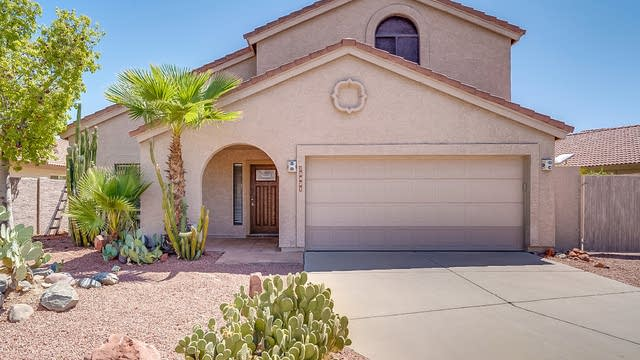 Photo 1 of 26 - 15431 S 37th Pl, Phoenix, AZ 85044