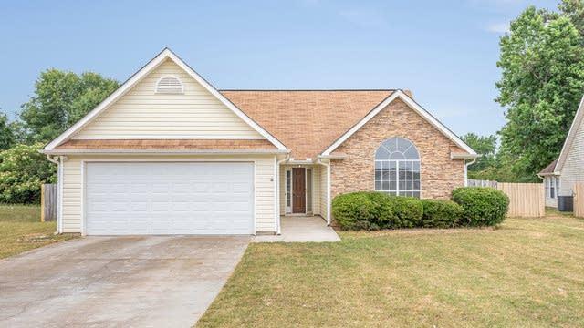 Photo 1 of 17 - 1826 Live Oak Ln, Hampton, GA 30228