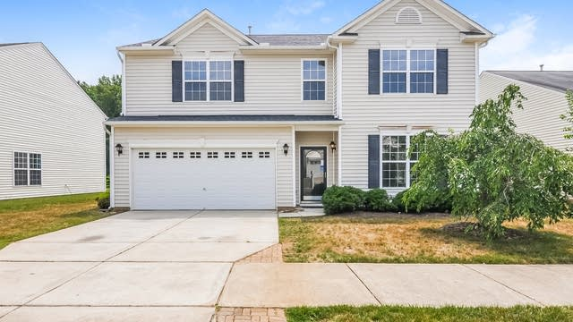 Photo 1 of 25 - 116 Chandler Springs Dr, Holly Springs, NC 27540