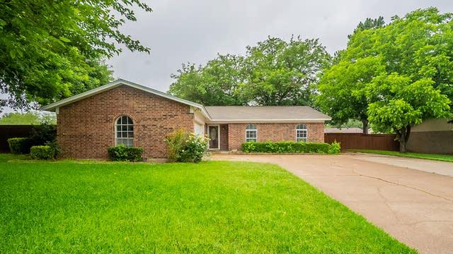 Photo 1 of 21 - 101 Cedar St, Mansfield, TX 76063