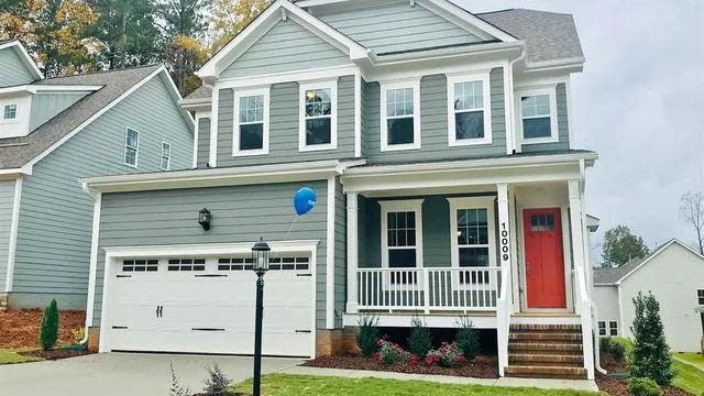Photo 1 of 6 - 10009 Leesville Grove Dr, Raleigh, NC 27613