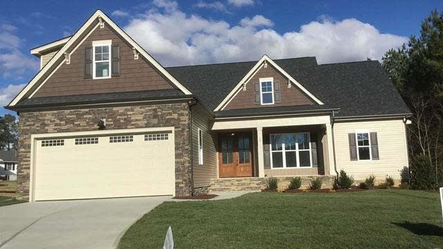 Photo 1 of 18 - 10 Walking Trl, Youngsville, NC 27596