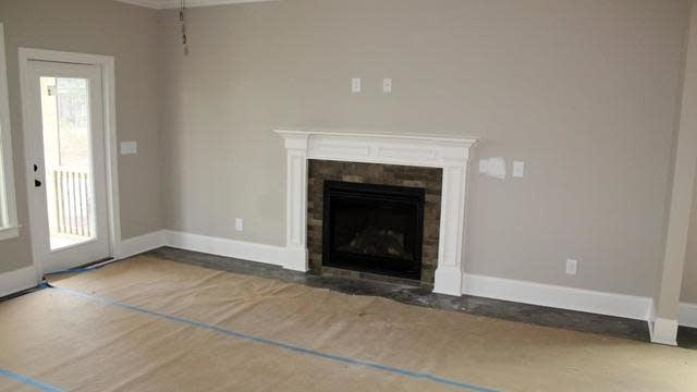 Photo 1 of 22 - 129 Plantation Dr, Youngsville, NC 27596
