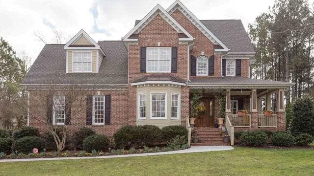 Photo 1 of 30 - 30 Georgetown Woods Dr, Youngsville, NC 27596