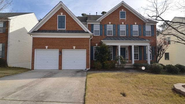 Photo 1 of 25 - 8106 Sommerwell St, Raleigh, NC 27613
