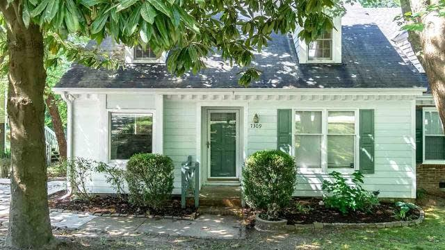 Photo 1 of 18 - 7309 Wilderness Rd, Raleigh, NC 27613