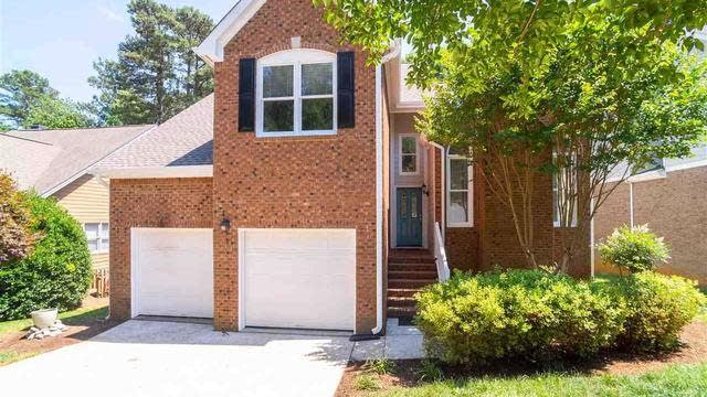 Photo 1 of 30 - 10101 Goodview Ct, Raleigh, NC 27613