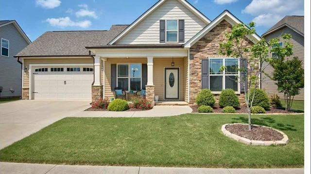 Photo 1 of 30 - 16 Laurel Ln, Youngsville, NC 27596