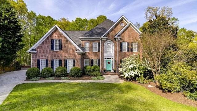 Photo 1 of 29 - 5312 Tallowtree Dr, Raleigh, NC 27613