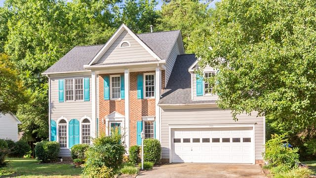 Photo 1 of 18 - 3406 Weatherby Dr, Durham, NC 27703