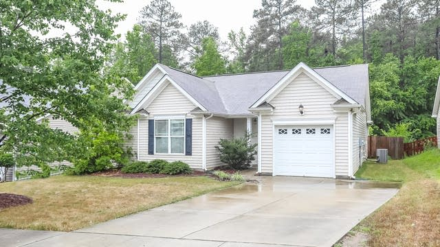 Photo 1 of 24 - 624 Flaherty Ave, Wake Forest, NC 27587