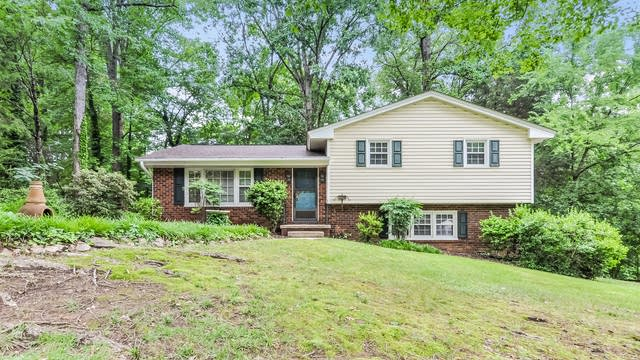 Photo 1 of 25 - 3309 Julian Dr, Raleigh, NC 27604