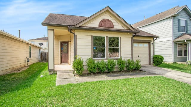 Photo 1 of 15 - 318 Remington Creek Dr, Houston, TX 77073