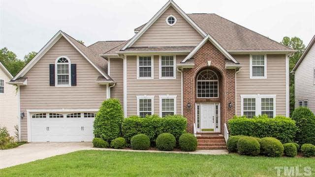 Photo 1 of 26 - 5204 Bartons Enclave Ln, Raleigh, NC 27613