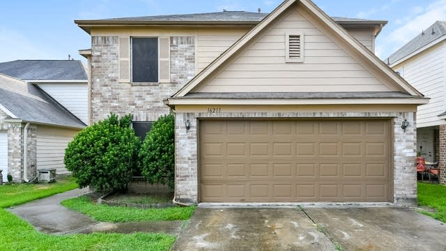 Photo 1 of 25 - 16211 Youpon Valley Dr, Houston, TX 77073