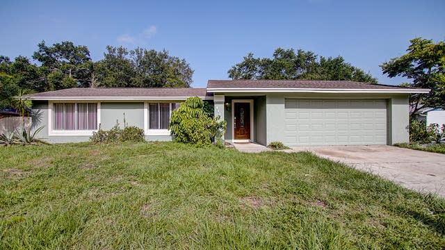 Photo 1 of 32 - 2336 Meadow Ct, Kissimmee, FL 34744