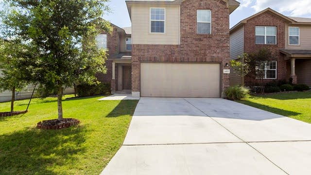 Photo 1 of 18 - 1433 Anise Ln, San Antonio, TX 78245