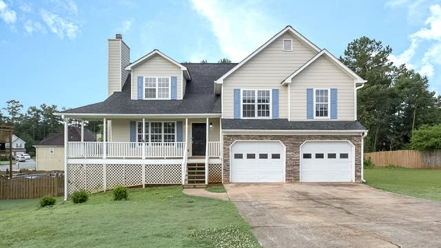 Photo 1 of 27 - 5113 Meadows Lake Dr, Powder Springs, GA 30127